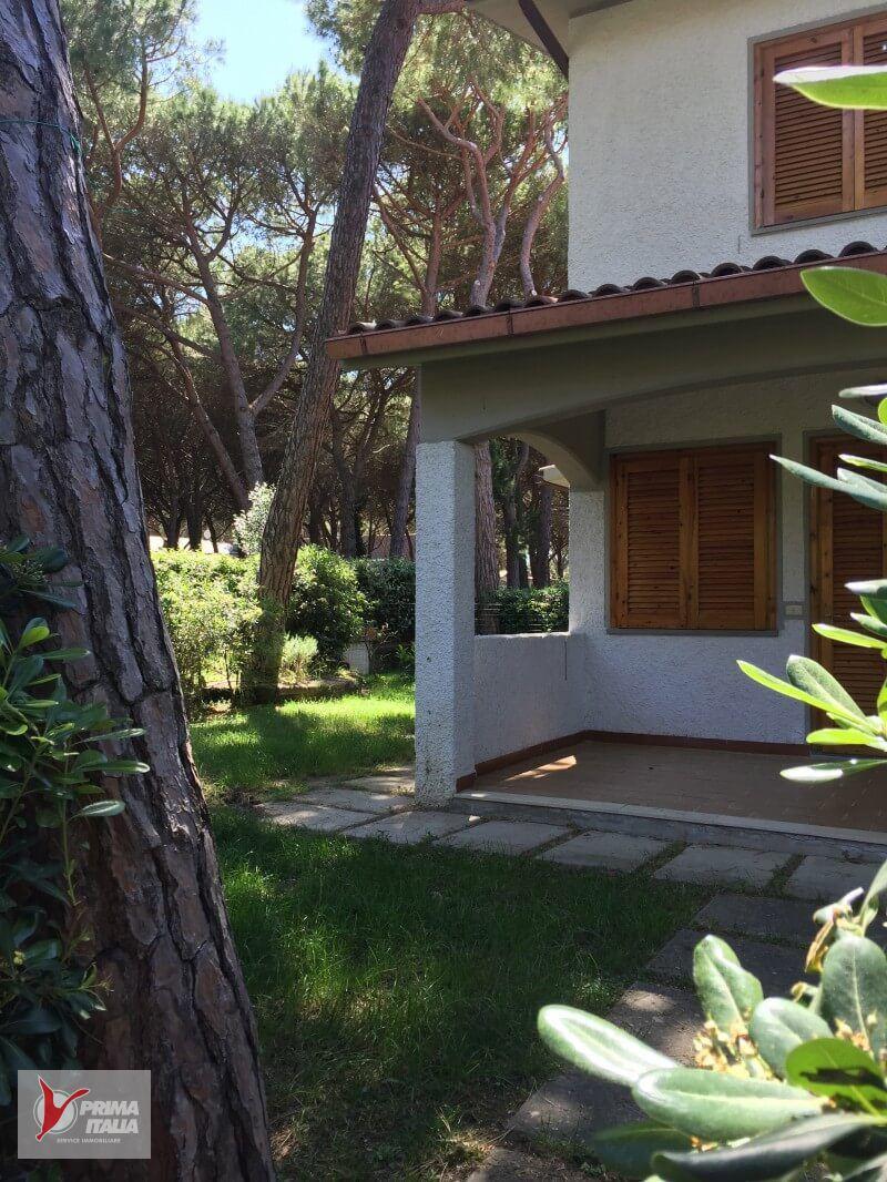 Il Girino (Villetta con giardino angolo)